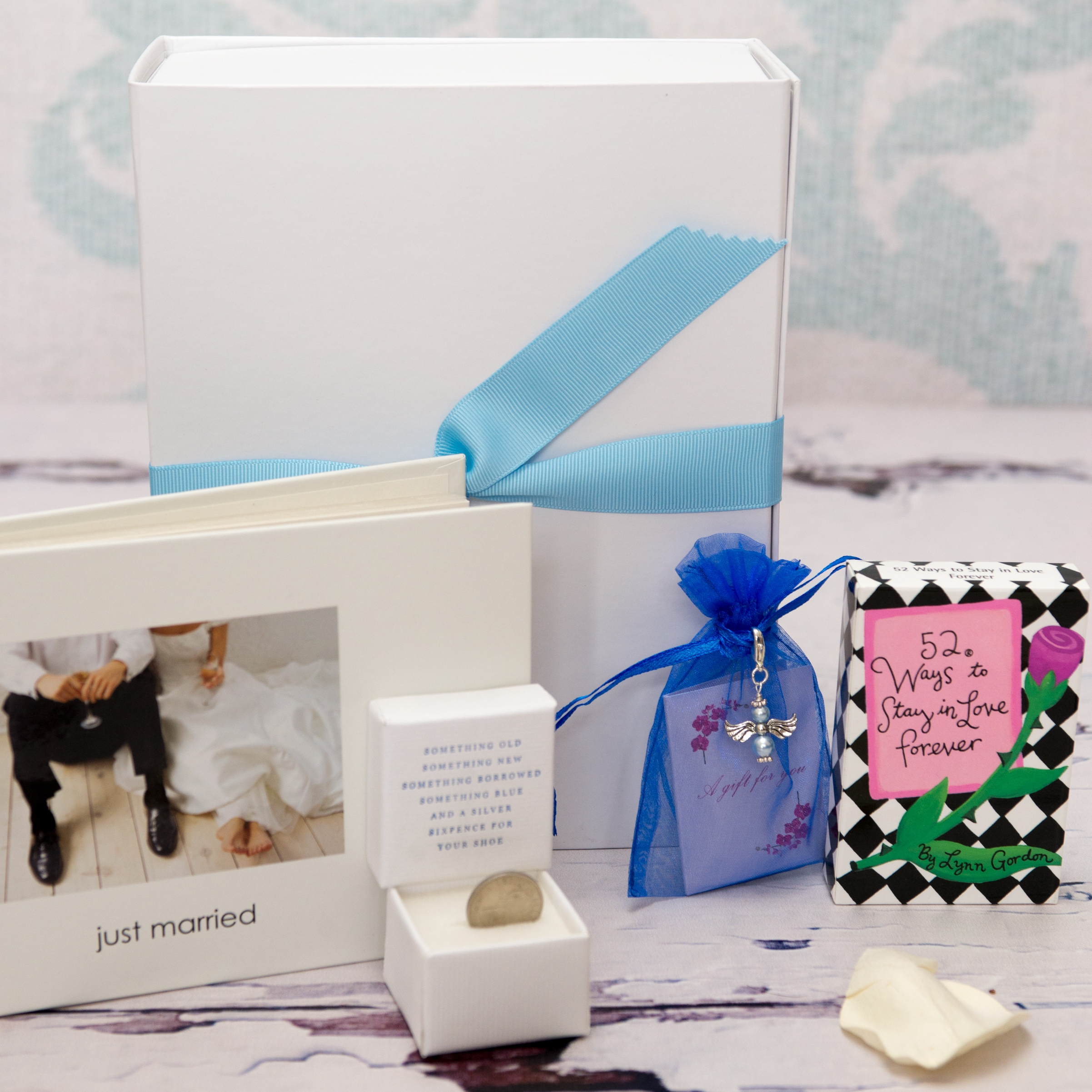 Wedding Gift Hampers Uk: Something Old, Something New, Something Borrowed
