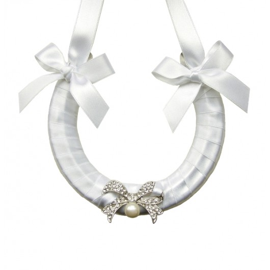 Vintage Bow Wedding Horseshoe