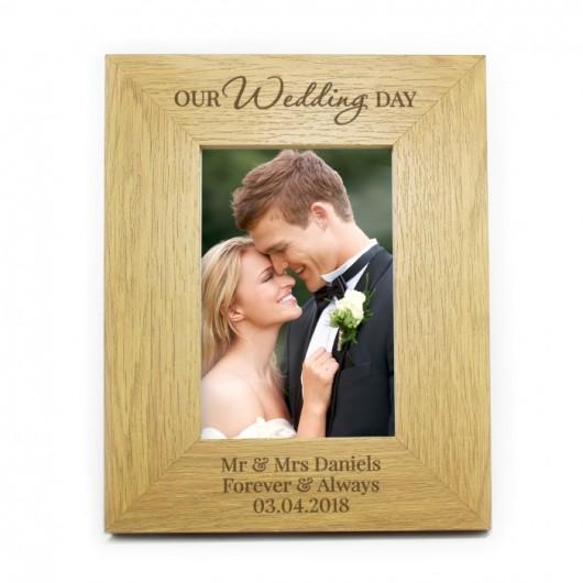 Personalised 'Our Wedding Day' Oak Finish Photo Frame (4 x 6)
