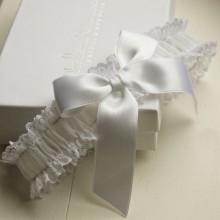 Boudoir Bow Bridal Garter