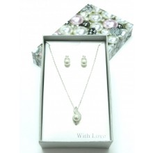Lovely Crystal Pearl Boxed Set