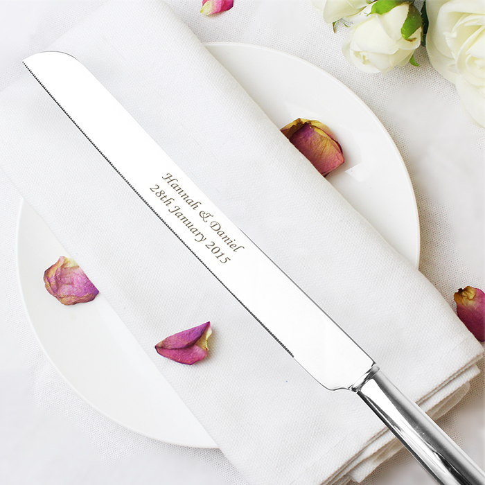 Joint Wedding Gifts For Parents : Personalise this lovely silver plated Heart Cake Knife with any ...